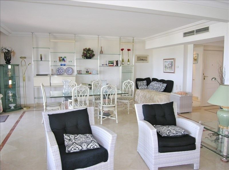Deluxe sale apartment Le golfe juan 795 000€ - Picture 5
