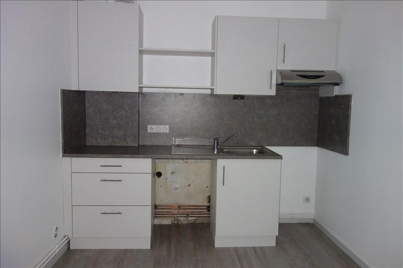 Location appartement Le coteau 470€ CC - Photo 2