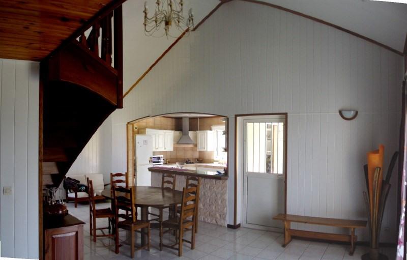 Rental house / villa Les trois mares 900€ +CH - Picture 4