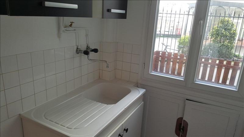 Location appartement Courbevoie 840€ CC - Photo 3