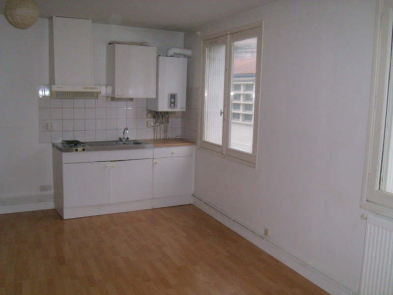 Location appartement Angouleme 382€ CC - Photo 2