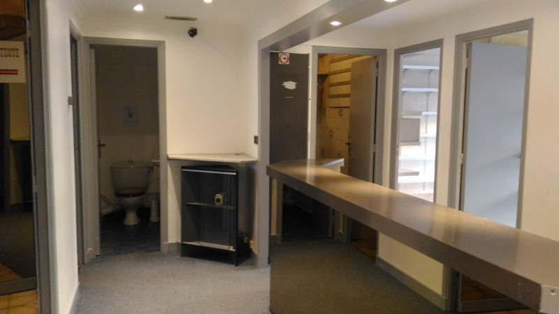 Rental office Cagnes sur mer 1140€ CC - Picture 6