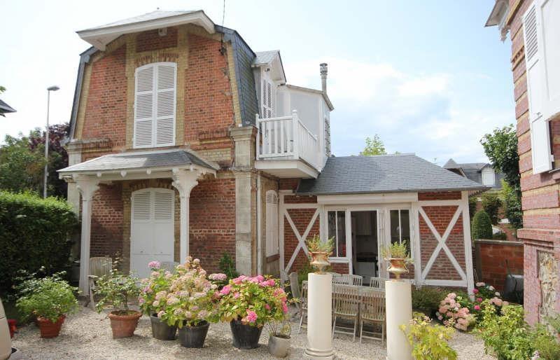 Deluxe sale house / villa Villers sur mer 1650000€ - Picture 2