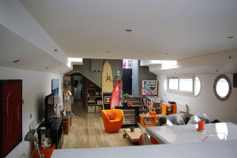 Sale apartment Levallois perret 975000€ - Picture 2