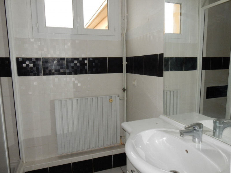 Sale apartment Colayrac st cirq 76100€ - Picture 6
