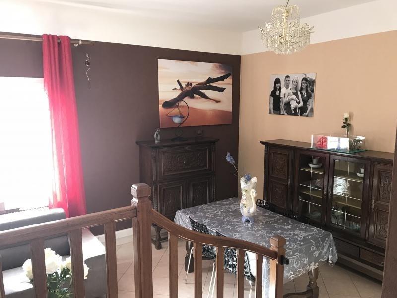 Sale apartment Riorges 91000€ - Picture 3