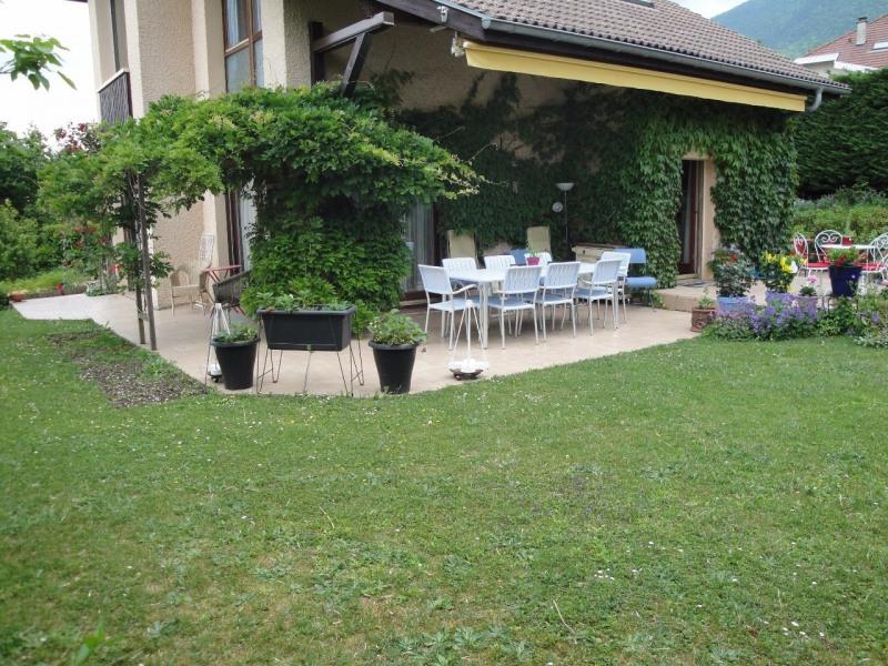 Sale house / villa Viuz-la-chiésaz 538000€ - Picture 2
