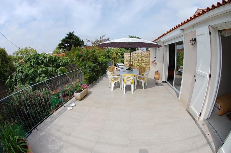 Sale house / villa Six fours les plages 485000€ - Picture 2