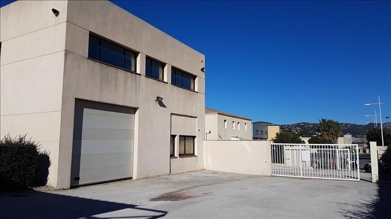 Rental office Six fours les plages 6600€ HT/HC - Picture 1