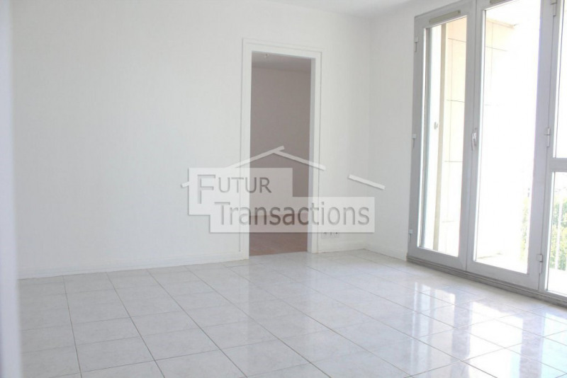 Vente appartement Colombes 273 000€ - Photo 2