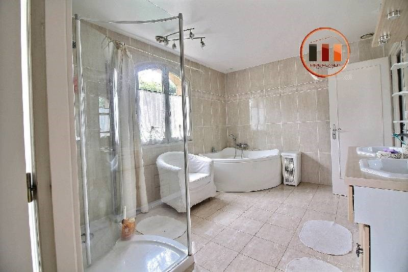 Vente de prestige maison / villa Charly 695 000€ - Photo 3
