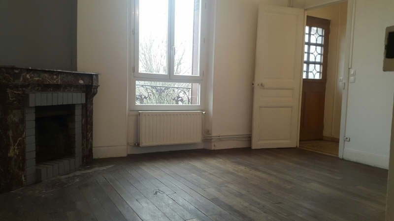 Rental apartment Fontaine le port 790€ CC - Picture 7