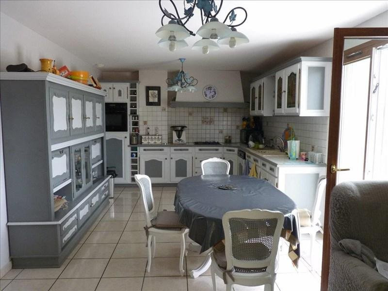 Sale house / villa Balbigny 287000€ - Picture 3