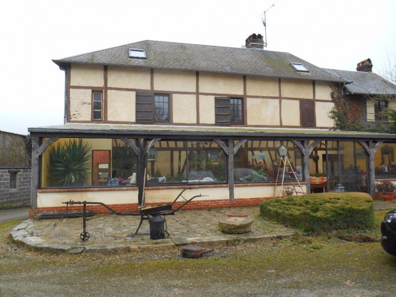 Sale house / villa Songeons 269000€ - Picture 1