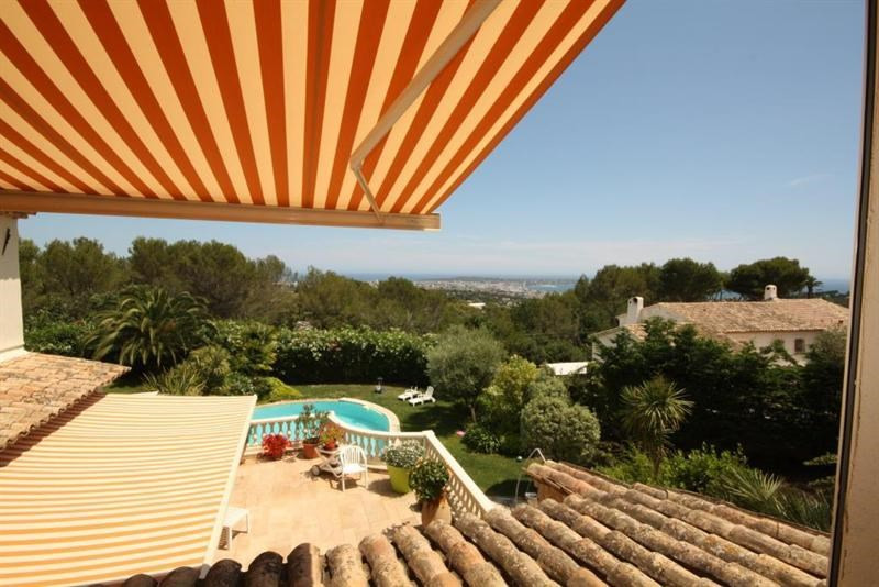 Deluxe sale house / villa Antibes 1 685 000€ - Picture 1