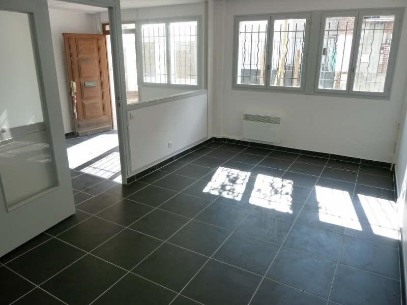 Location local commercial St cloud 1000€ +CH/ HT - Photo 2