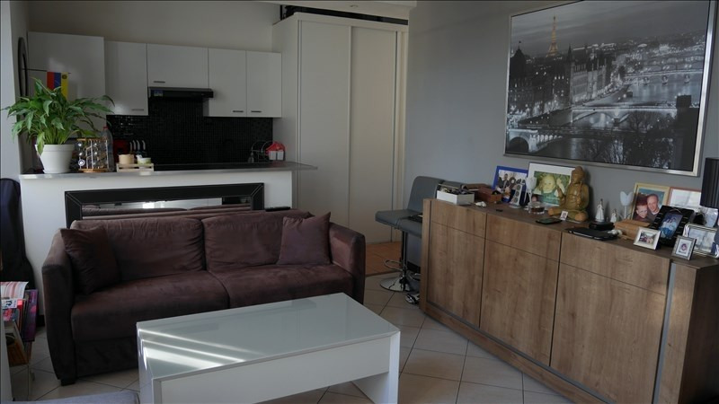 Verkoop  appartement Chambly 143000€ - Foto 2