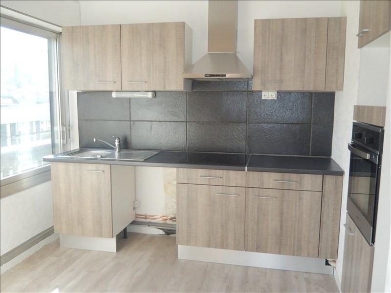 Rental apartment Le puy en velay 528,79€ CC - Picture 1