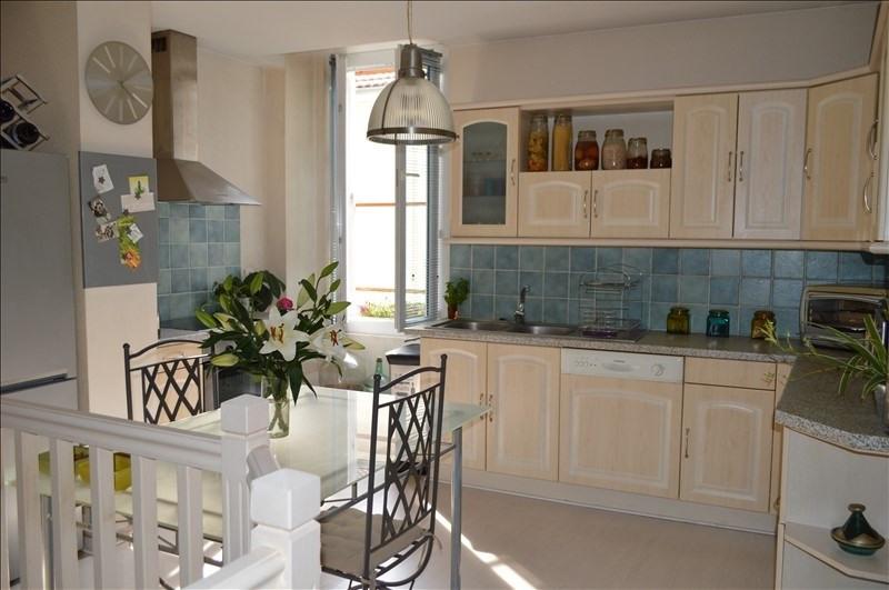 Verkoop  appartement Voiron 129000€ - Foto 2