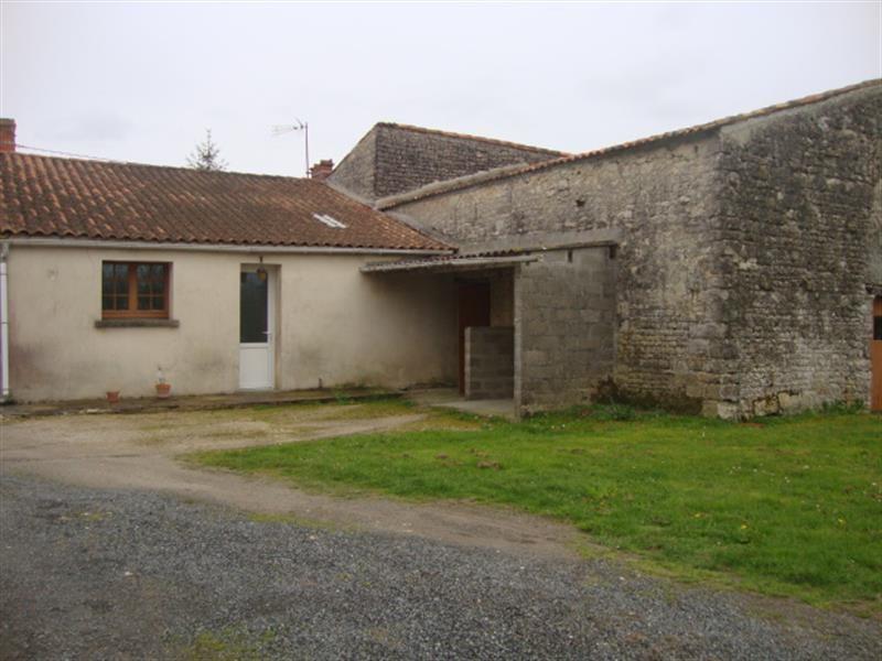 Vente maison / villa La benâte 43200€ - Photo 2