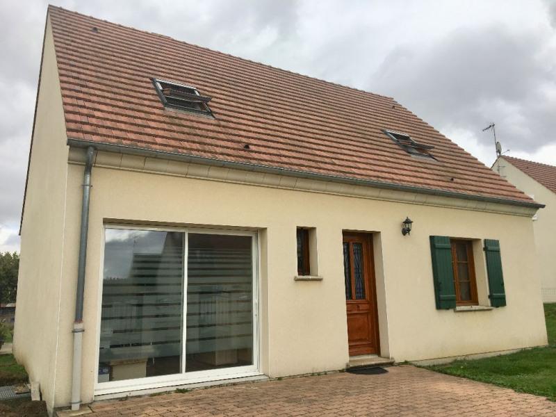 Sale house / villa Bresles 218000€ - Picture 1