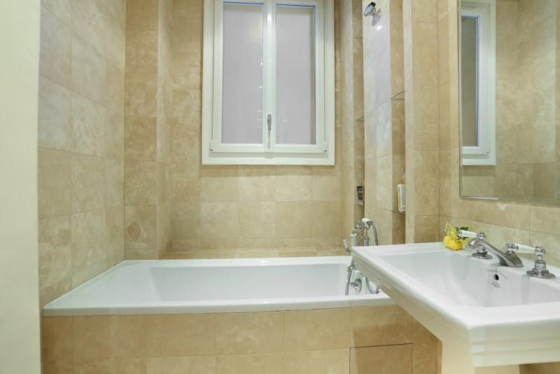 Location appartement Paris 16ème 1600€ CC - Photo 8