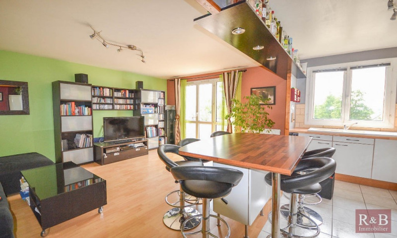 Sale apartment Plaisir 170 000€ - Picture 1