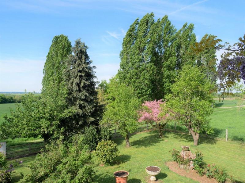 Sale house / villa Herbeville 540000€ - Picture 2