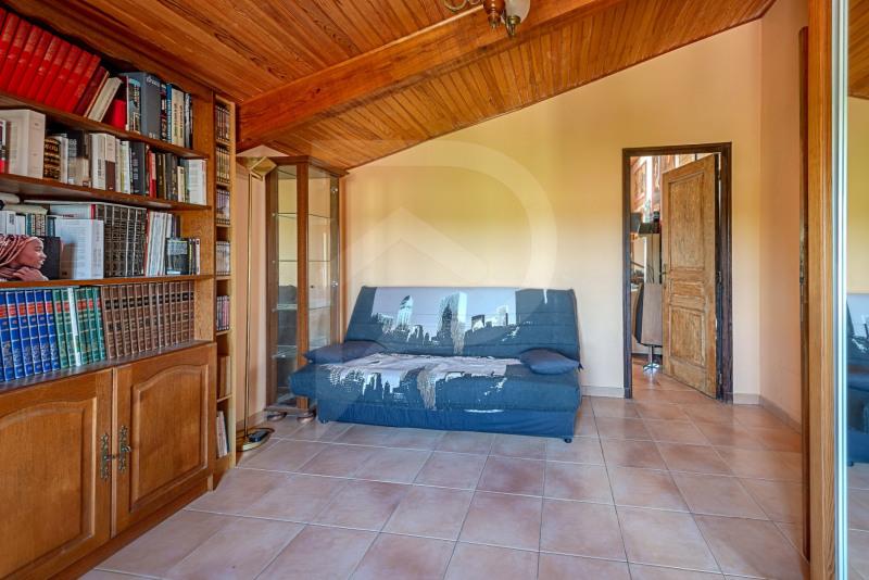Sale house / villa Althen-des-paluds 377000€ - Picture 11
