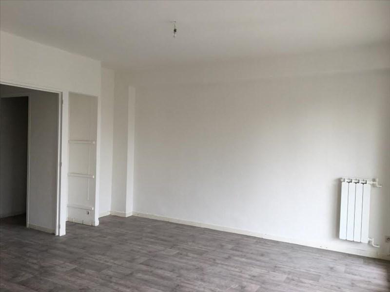 Location appartement Aix en provence 910€ CC - Photo 2