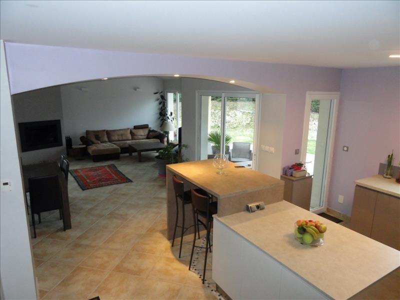 Sale house / villa St clair du rhone 370000€ - Picture 6