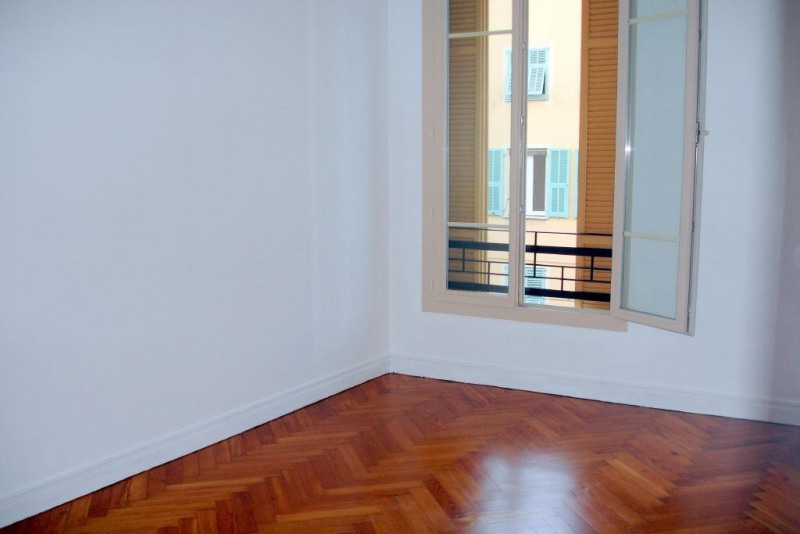 Rental apartment Nice 816€cc - Picture 3