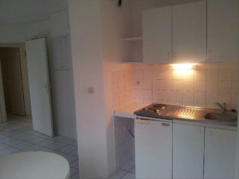 Rental apartment Angoulême 405€ CC - Picture 3