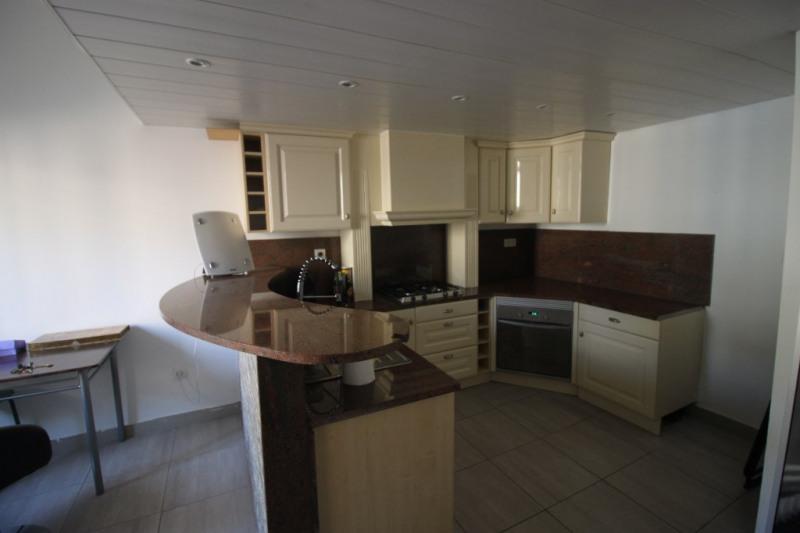 Sale house / villa Marseille 135000€ - Picture 2