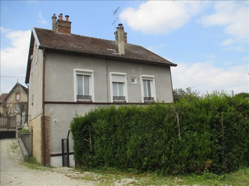 Sale building Troyes 212 000€ - Picture 1