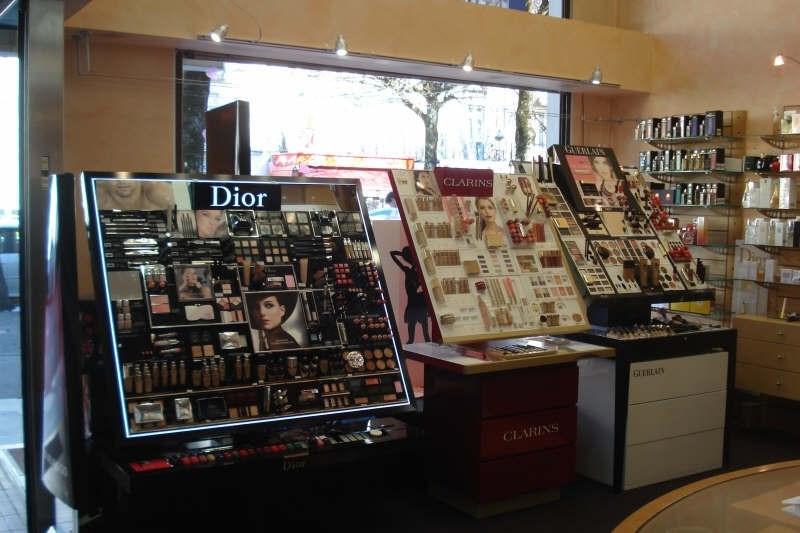 Vente fonds de commerce boutique Bagneres de luchon 135000€ - Photo 2
