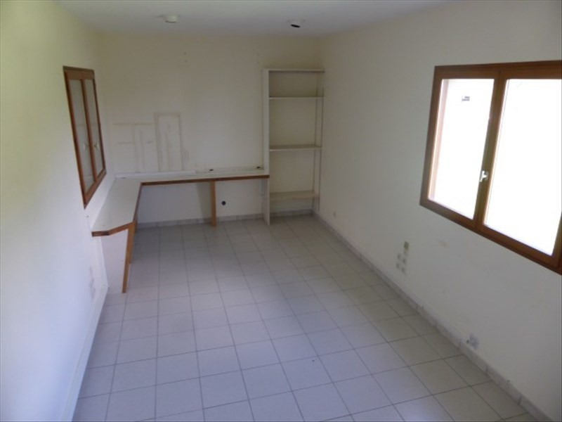 Location local commercial Tonnerre 1 200€ +CH/ HT - Photo 3
