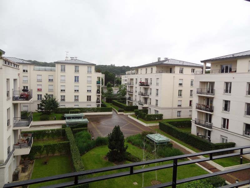 Location appartement St cyr l ecole 912€ CC - Photo 1