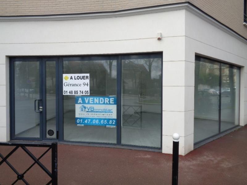 Sale shop La varenne st hilaire 254000€ - Picture 1