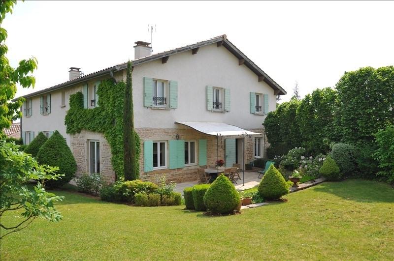 Deluxe sale house / villa Lachassagne 620000€ - Picture 1