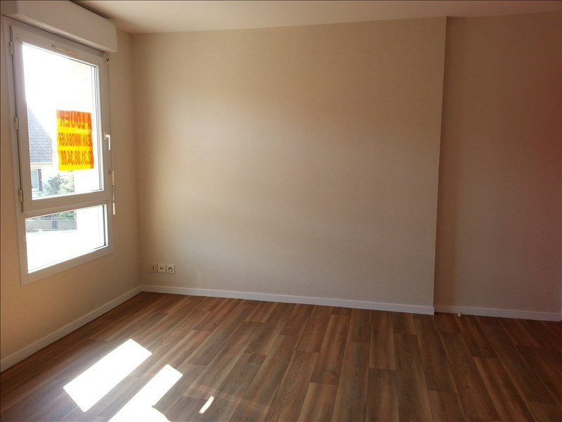 Location appartement Ifs 382€ CC - Photo 1