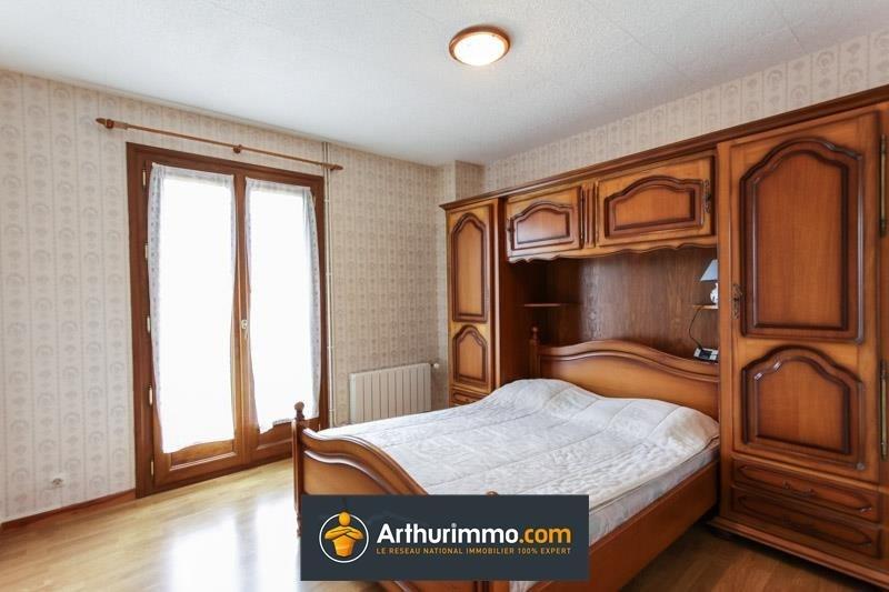 Sale house / villa Morestel 205725€ - Picture 5