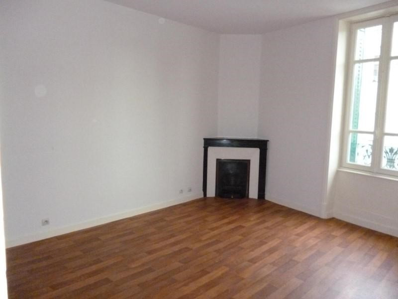 Location appartement Roanne 455€ CC - Photo 1