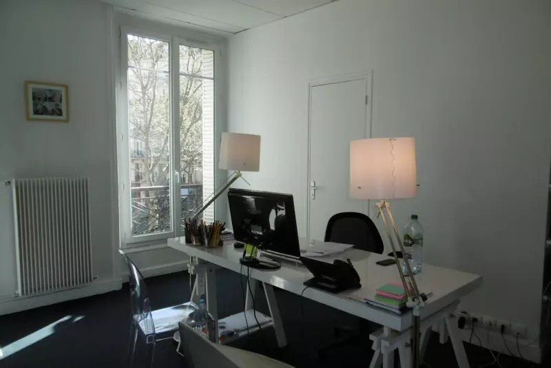 Rental office Paris 8ème 6114€ HT/HC - Picture 9