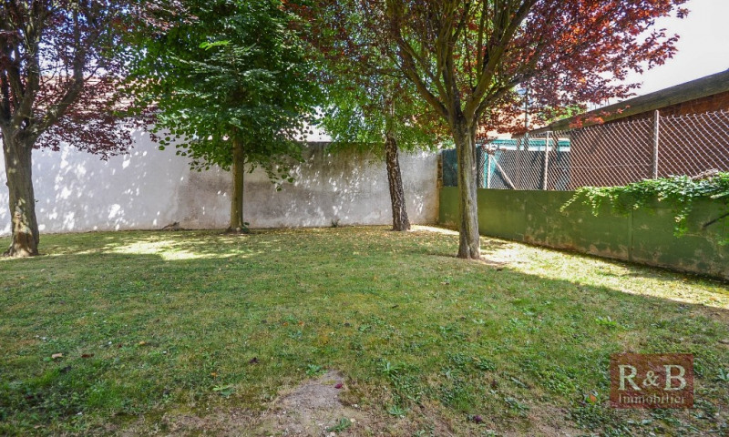 Sale apartment Plaisir 145 000€ - Picture 4