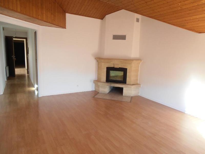 Location appartement Bellignat 606€ CC - Photo 1