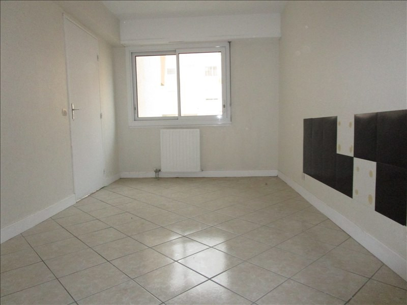 Sale apartment Pau 77 000€ - Picture 3