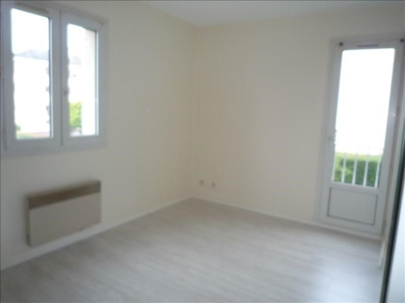 Location appartement Bailly 578€ CC - Photo 2