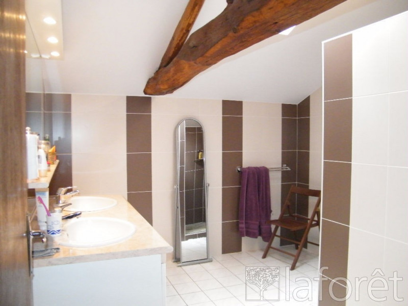 Sale house / villa La chapelle largeau 181000€ - Picture 6