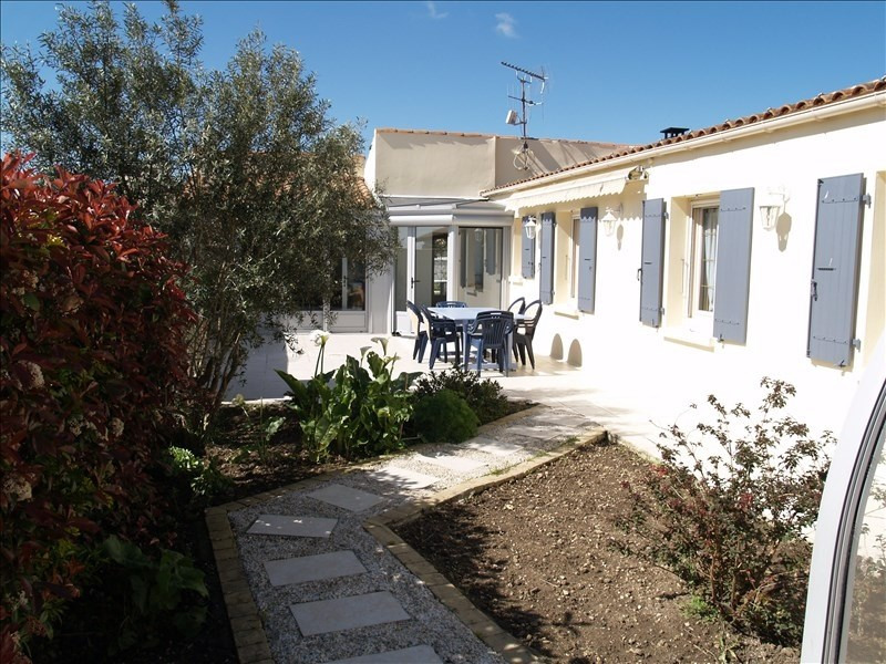 Sale house / villa Yves 399 760€ - Picture 1